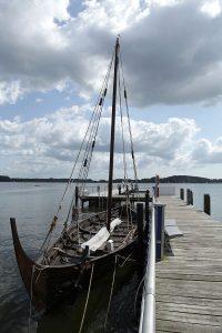 Replica de la byrding encontrada en el puerto de Roskilde modelo skuldelev 3Replica de la byrding skuldelev 3