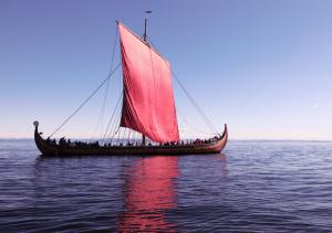 Replica del skeid Dragon de Harald Fairhair