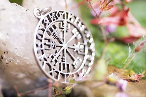Amuleto Vegsívir brujula vikinga